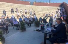 Prefectura a organizat o ședință de instruire a primarilor și secretarilor din județ privind desfășurarea alegerilor locale - FOTO