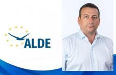 """Bogdan Dăscălescu: """"Toți politicienii vorbesc despre democrația participativă, dar în realitate, pe cetățeni nu-i ascultă nimeni!"""""""