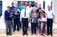 Consilieri locali Ibăneșteni, premiaţi cu diplome la ultima şedinţă