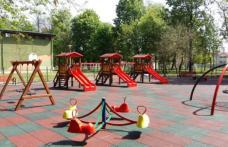 Veste bună pentru copiii și părinții din județul Botoșani! Se REDESCHID locurile de joacă