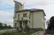 Primarul PNL din Dersca se pregătește să fraudeze alegerile prin organizarea secției de votare din localitate în Primărie! PSD a sesizat Autoritatea E