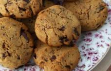 Biscuiți cu pepite de ciocolată