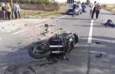 Accident grav pe drumul Botoșani – Suceava! Motociclist aruncat pe asfalt după impactul cu o mașină