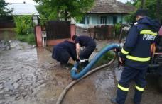 Pompierii din Botoșani în ALERTĂ în urma ploilor abundente din această după-amiază