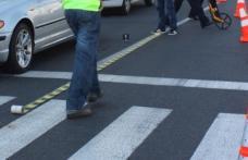 Femeie accidentată pe trecerea pentru pietoni, de o șoferiță neatentă