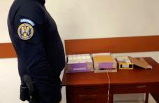 Bărbat de 38 de ani prins în timp ce vindea țigări de contrabandă în Piața Centrală