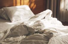 Cât de des trebuie să vă schimbați lenjeria de pat