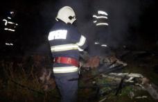 Incendiu la Hudești! Bucătărie de vară cuprinsă de flăcări