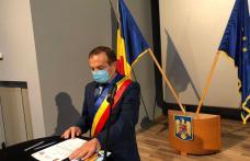 Primarul Dorin Alexandrescu și consilierii locali au depus jurământul și au fost învestiți în funcții – FOTO