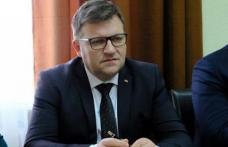 Aghiotanții de lux ai lui Orban îi jignesc pe botoșăneni în ultimul hal și îi fac analfabeți, iar pe cadrele medicale din Botoșani picate din lună! Să