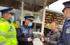 Purtați mască: Amenzi de 31.000 de lei pentru lipsa declarației și a măștii