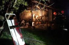 Doi fraţi din Botoşani au rămas orfani şi fără casă, după un incendiu devastator