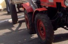 Accident provocat de un tractorist în stare de ebrietate