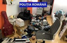 Percheziții în județul Botoșani la persoane bănuite de fraudă informatică și fals informatic - FOTO