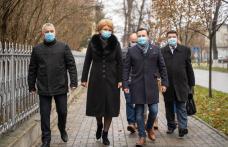 """Mihaela Huncă și Cătălin Silegeanu au votat """"pentru ieșirea din criză"""" - FOTO"""