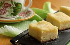 Prăjitură cu brânză cremoasă