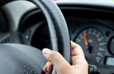 Șofer turmentat sancționat de polițiști după o plimbare cu mașina