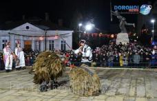 Datini și obiceiuri din ajunul Anului Nou: Primăria Dorohoi face precizări referitor la organizare