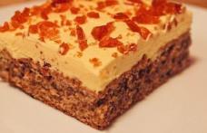 Prăjitură cu cremă galbenă