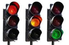"""Vezi care este noul sistem """"semafor"""" de redeschidere a școlilor și cum se aplică!"""