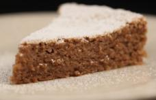 Prăjitură cu nucă