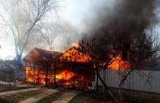 Păgubiți de foc! 14 familii din județul Botoșani au rămas fără locuințe