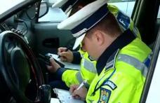 Tânăr oprit de polițiști după ce conducea cu viteză pe contrasens. Vezi ce surpriză au avut!