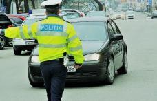 Dosar penal pentru un tânăr de 25 de ani care a ieșit la plimbare cu mașina