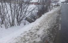 Șofer pericol public, cu o alcoolemie de 0,63 mg/l, găsit în șanțul de pe marginea drumului