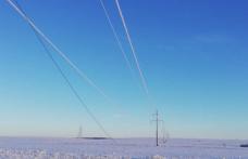 Vremea capricioasă din ultimele 24 de ore a provocat numeroase avarii în reţelele de distribuţie a energiei din Moldova - FOTO
