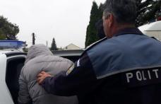 Reținut de poliție după ce a furat o mașină și a plecat cu ea la plimbare
