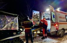 Intervenție a pompierilor dorohoieni. O femeie a ajuns la ambulanță cu ajutorul șenilatei