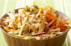 Salată din mere și morcov