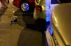 Un botoșănean s-a urcat beat la volan și-a lovit două mașini parcate