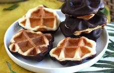 Mini waffe cu ciocolată