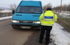 Autoturism cu documente falsificate depistat în trafic de poliţiştii de frontieră din Dorohoi