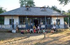 Casa George Enescu din Mihăileni și Conacul Neamţu din Olari, centre educaționale pentru comunitățile locale