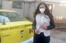 Taxi Ada Dorohoi a oferit flori și felicitări de 8 Martie pentru toate doamnele și domnișoarele - FOTO