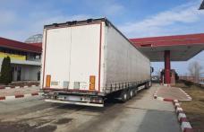 Ansamblu rutier cu documente false oprit din drumul spre R. Moldova - FOTO