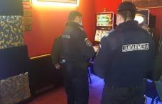 Cinci tineri amendați în incinta unor agenții de pariuri sportive