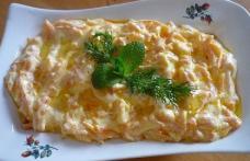 Salată turcească cu morcovi și iaurt
