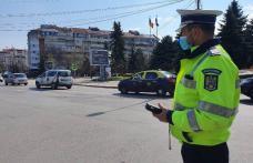 Acțiune a polițiștilor: 13 permise reținute și amenzi pentru neacordare de prioritate și viteză