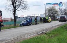 Accident în Dealu Mare - Dorohoi! O femeie a ajuns la spital după impactul dintre două mașini - FOTO