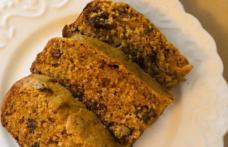 Prăjitură cu curmale și nuci