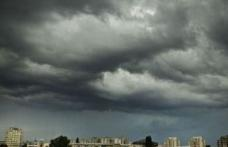 Avertizare meteo în România: Furtuni și inundații în multe zone din țară