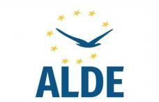 ALDE: Grija față de România și români trebuie să stea la baza politicii de stat