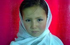 Povestea fetiţei de 9 ani ucisă de talibani cu acordul autorităţilor