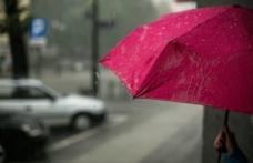 Meteorologii anunță câteva zile cu instabilitate atmosferică