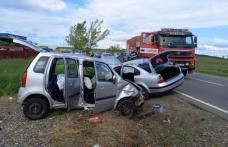Accident rutier cu 4 victime. Trei copii au ajuns la spital