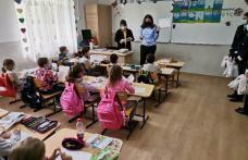 Acțiune de informare și cadouri pentru copiii din Rădăuți Prut - FOTO